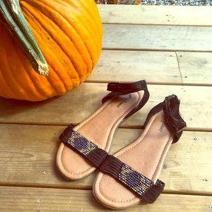 Minnetonka Black Leather Beaded Sandals Sz 10